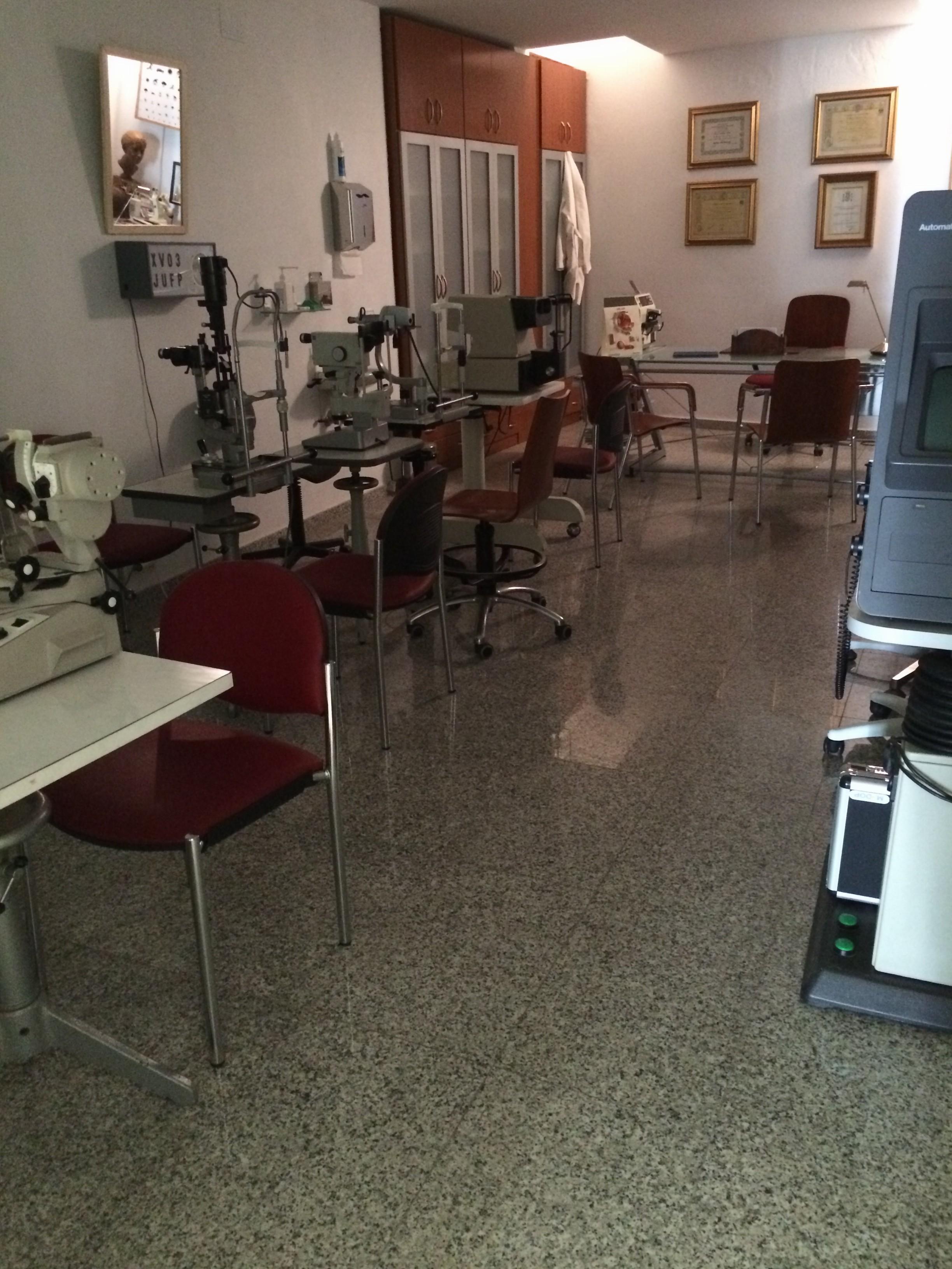 Centro reconocimiento médico Aracena – Doctor Tello